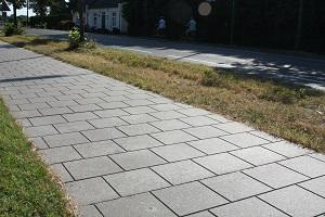 betonplaat met tegelmotief