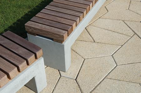 Parkbank met houten zitting van cumaru