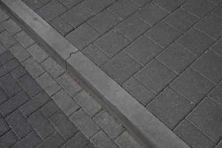 betonnen trottoirband 13/15