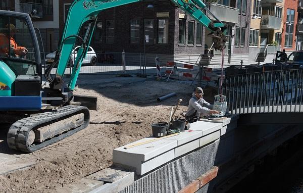 Alle betonnen kade elementen worden minuscuul uitgedetailleerd. Dit garandeert dat alle materialen secuur verwerkt en geplaatst kunnen worden.