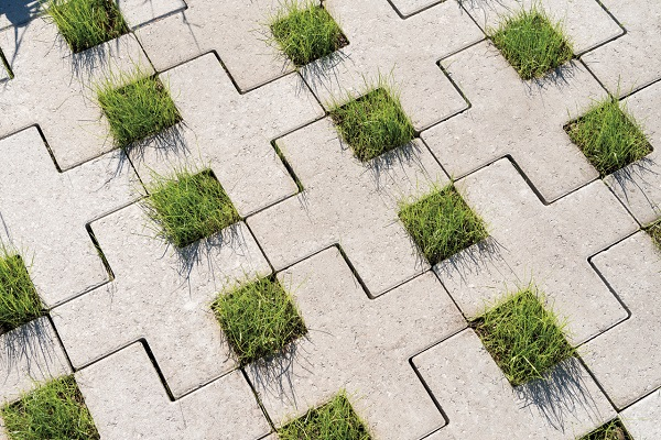 betonnen groenstenen in verband | Square Cross