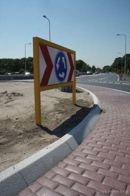 Rammelstrook steenmotief rotonde N201 Amstelveen