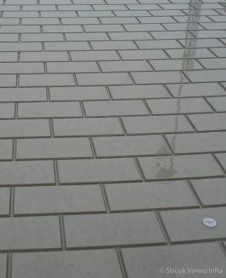 CROW rotonde met steenmotief