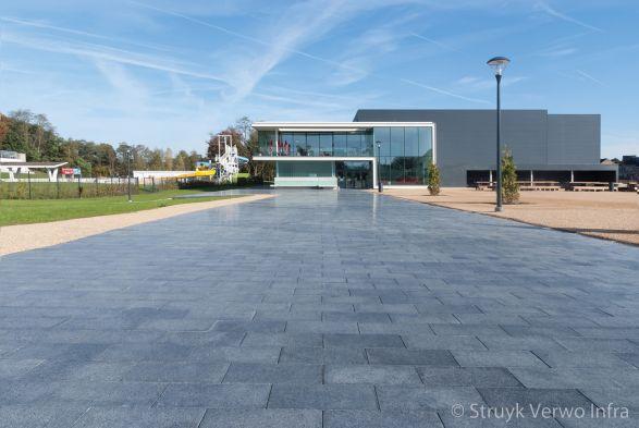Liscio nero gezoet|Liscio neto gepolijst|exclusieve betonstraatstenen