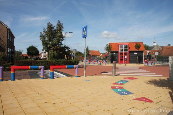 Veilige oversteekplaats speelplein Schoolstraat Sint Annaland