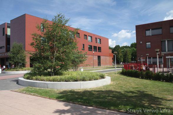 Zitranden van beton|groenopsluiting|betonnen keerelement