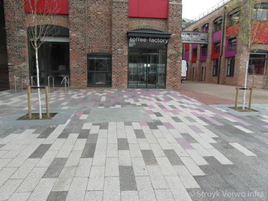 Uitgewassen bestrating gemixed in 3 kleuren|uitgewassen straatstenen|uitgewassen betonstenen