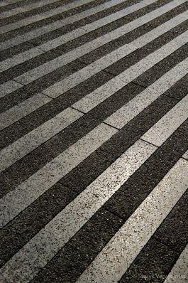 Bestrating gepolijst|liscio|Nieuwbouw Rabobank Herten|voetgangerszone