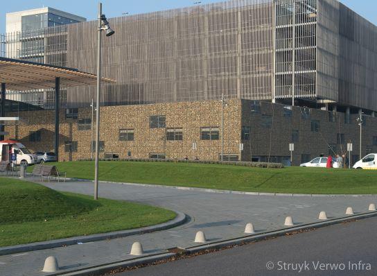 Anti parkeerpaal beton voor St. Antonius Ziekenhuis|afzetpaal beton