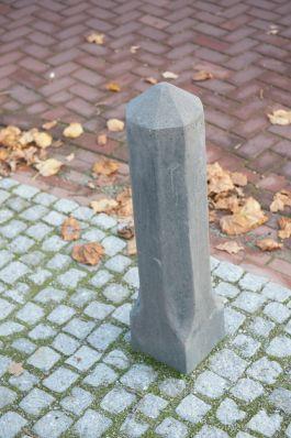 sierpaal hardsteenkleur|afzetpaal beton