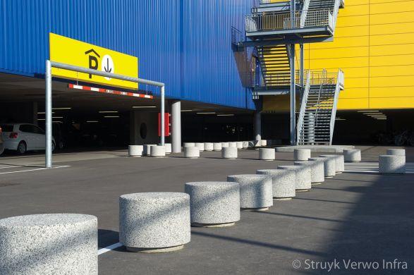 Afzetelementen van beton IKEA Barendrecht