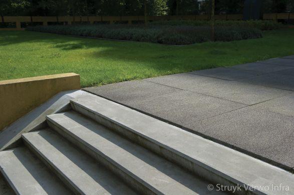 grootformaat stenen|breccia nero|trappartij|deklaag stenen
