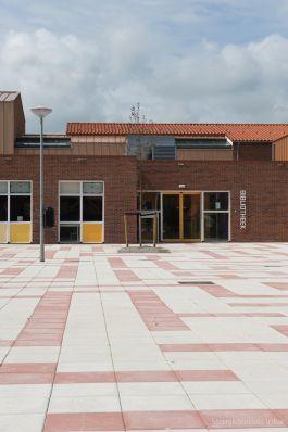 Inrichting schoolplein|Grootformaat tegel|betontegels 40x40