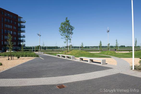 Banen in bestrating woonwijk Oosterheem Zoetermeer|lavaro betonstraatsteen
