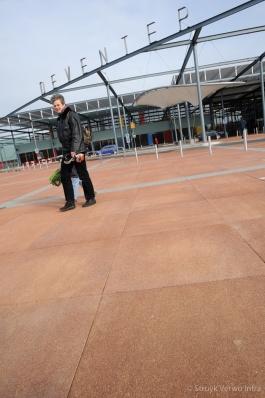 Gewassen groot formaat steen 100x100 oranje