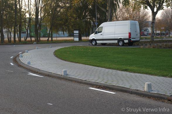 betonnen sierpalen|antiparkeer|afzetpaal|sierpaal Den Haag lichtgrijs