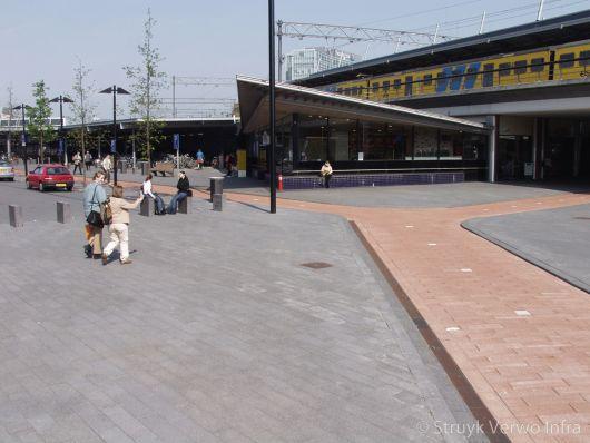 Fietspad station Beukenhorst|Breccia