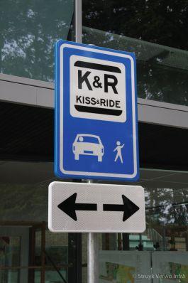 Verkeersbord kiss & ride plaats school