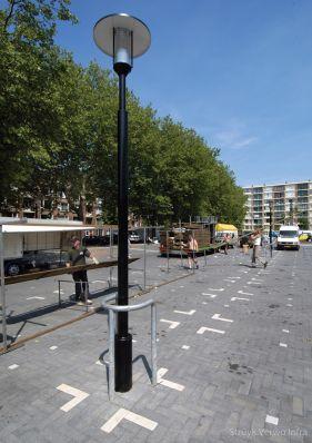 Niet uitgewassen bestrating toegepast op plein|kleurvaste betonklinker
