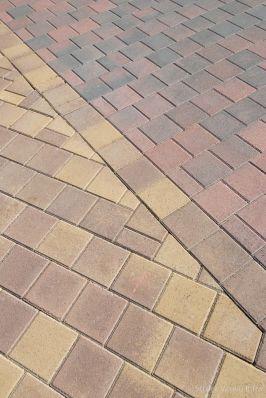 kleurvaste betonstraatsteen|elementenverharding|trottoir