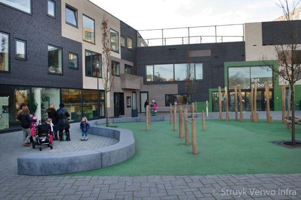Zitelementen op schoolcomplex|Bonaireplein Leiden