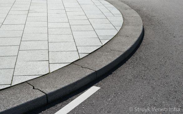 Betonnen brede bochtbanden|Rotterdam|lavaro grijs 712|zware trottoirbanden|Lavaro grijs 012
