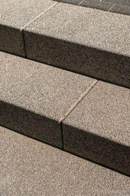Uitgewassen traptreden van beton