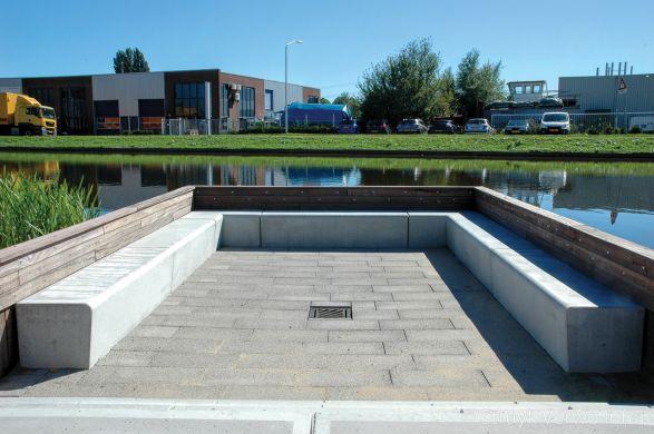 zithoek|betonnen zitelement|solid|Campus Papendrecht