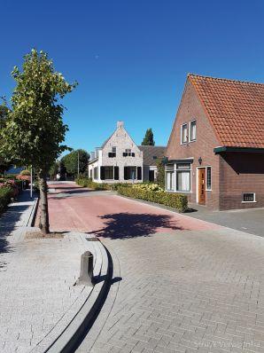 Stille klinkers Dorpsstraat Hagestein