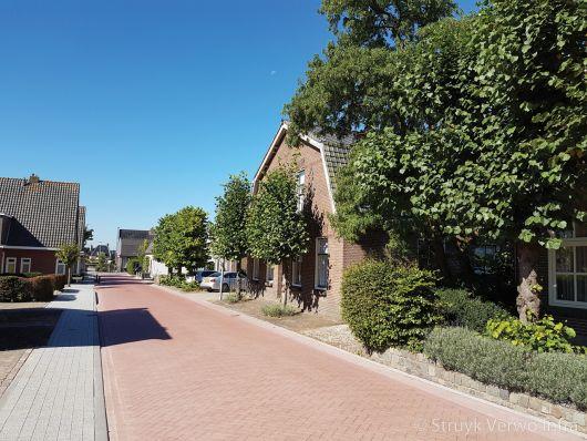 Stil wegdek Dorpsstraat Hagestein