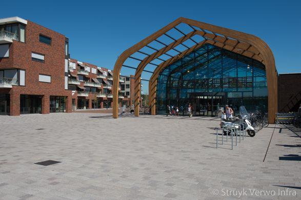 Bestrating winkelcentrum Broek op Langedijk