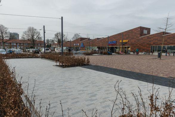 Mix bestrating in 30x10|Molenplein Heerenveen|bestrating openbare ruimte