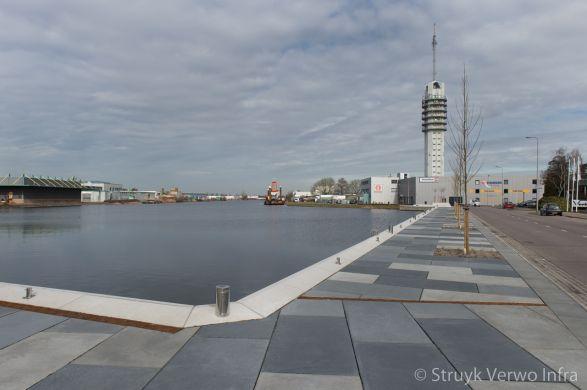 Herinrichting Rijnhavenkade Alphen aan den Rijn|kademuur met vloerplaten|lappendeken|RAS