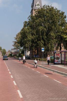 traditioneel straatbeeld met stille straatstenen