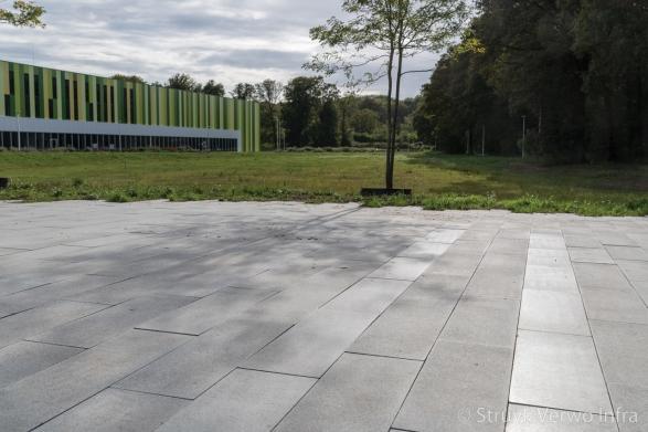 Betonstraatsteen 90x30 geslepen|Campus Brainport Eindhoven