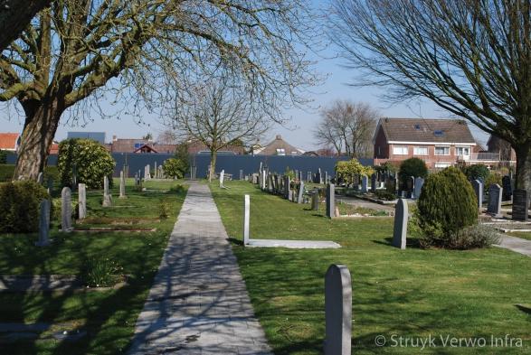 Vloerplaat met tegelmotief op begraafplaats