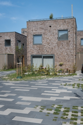 Square Cross groenbestrating|het Vrije Veld Almere
