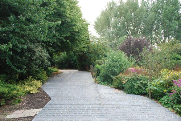 vloerplaat cobblestone|kasseien in een vloerplaat|Herenweg Alphen aan den Rijn
