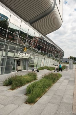 Tegel 100x50|Boulevard Eindhoven Airport