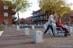 Vierkante sierpalen in woonwijk Lakerlopen in Eindhoven|afzetpalen beton