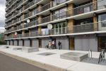 Betonnen podium als zitelement|maatwerk betonnen zitelementen