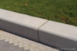 Zitrand|parkband|groenomranding|betonnen zitelement|parkband|buitenmeubilair beton