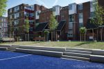 Betonnen bank met treden|tribune element beton|omranding trapveld