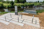 Gestraalde betonnen platen|Balkon aan de Maas|zvb platen
