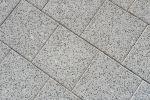 Tegels 30x30|machinaal pakket halfsteensverband|lavaro grijs 530|stoeptegel|gewassen betontegel|gewassen stoeptegel
