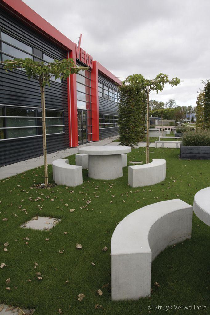 Betonnen zitmeubilair veko schagen betonnen parkmeubilair