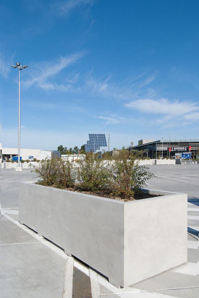 Bloembak 120x420 parkeerdak ikea wilrijk aanrijbeveiliging beton