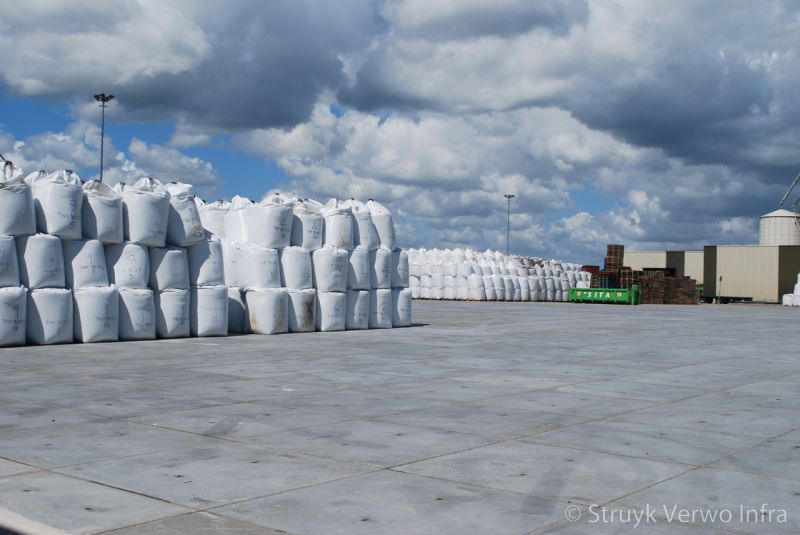 Vloerplaten op logistiek terrein sivomatic