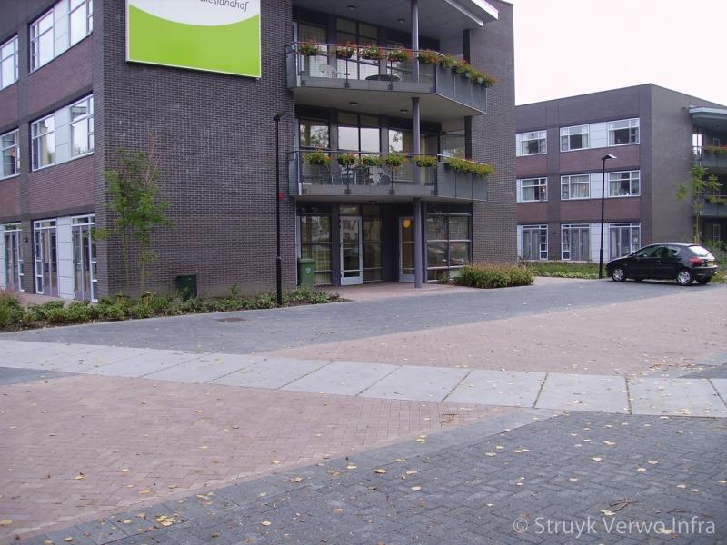 Infiltrerende bestrating toegepast op parkeerplaatsen