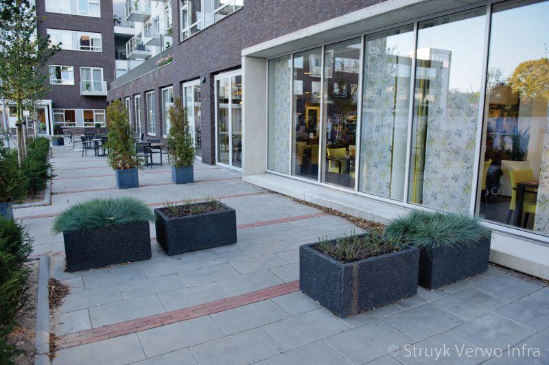 Lavaro bloembak 66x45x90 zwart701 bloembak beton